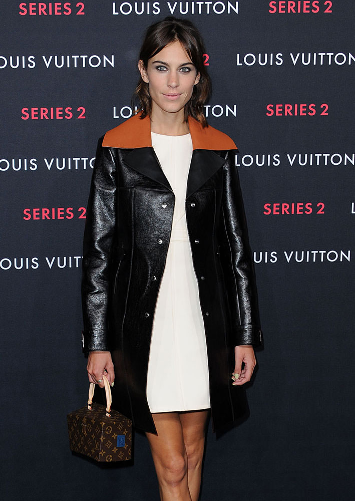 Alexa-Chung-Louis-Vuitton-x-Frank-Gehry-Twisted-Box-Monogram-Bag