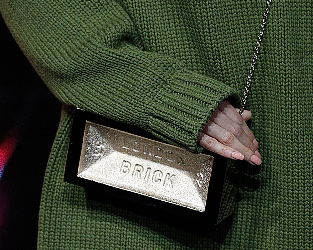Anya-Hindmarch-Fall-2015-Handbags-30