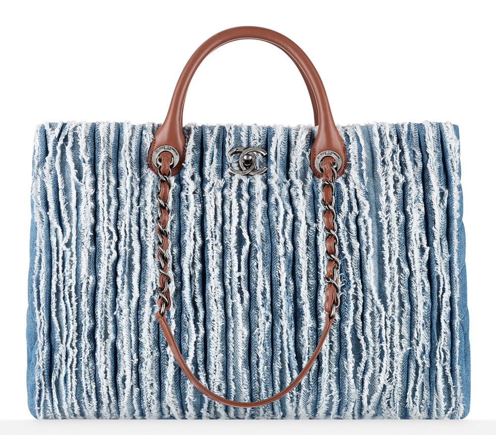 Chanel-Frayed-Denim-Shopping-Tote