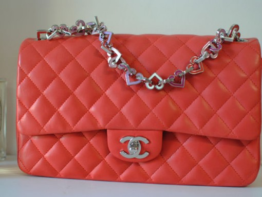 Chanel-Heart-Chain-Flap-Bag