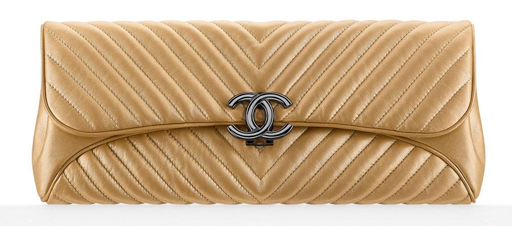 Chanel-Metallic-Chevron-Evening-Clutch