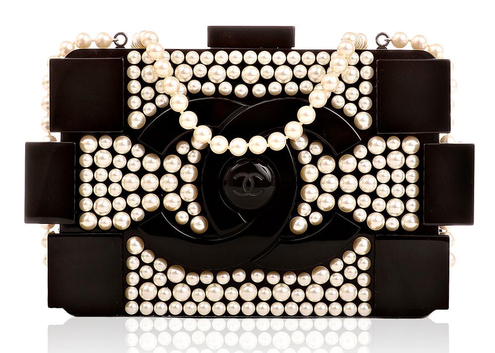 Chanel-Pearl-Boy-Brick-Clutch