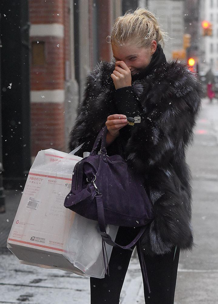 Elsa-Hosk-Balenciaga-City-Bag