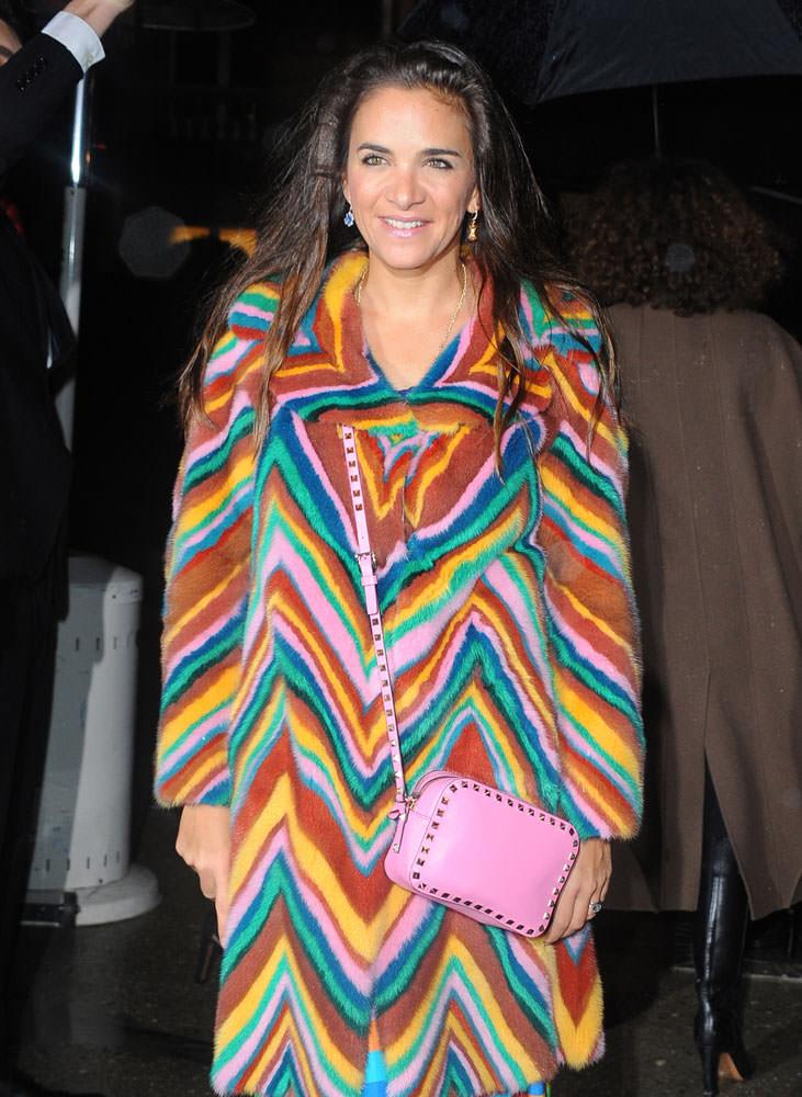 Laure-Heriard-Dubreuil-Valentino-Rockstud-Mini-Crossbody-Bag