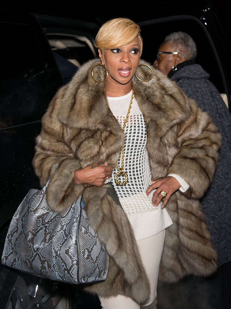 Mary-J.-Blige-Gucci-Python-Soft-Jackie-Tote