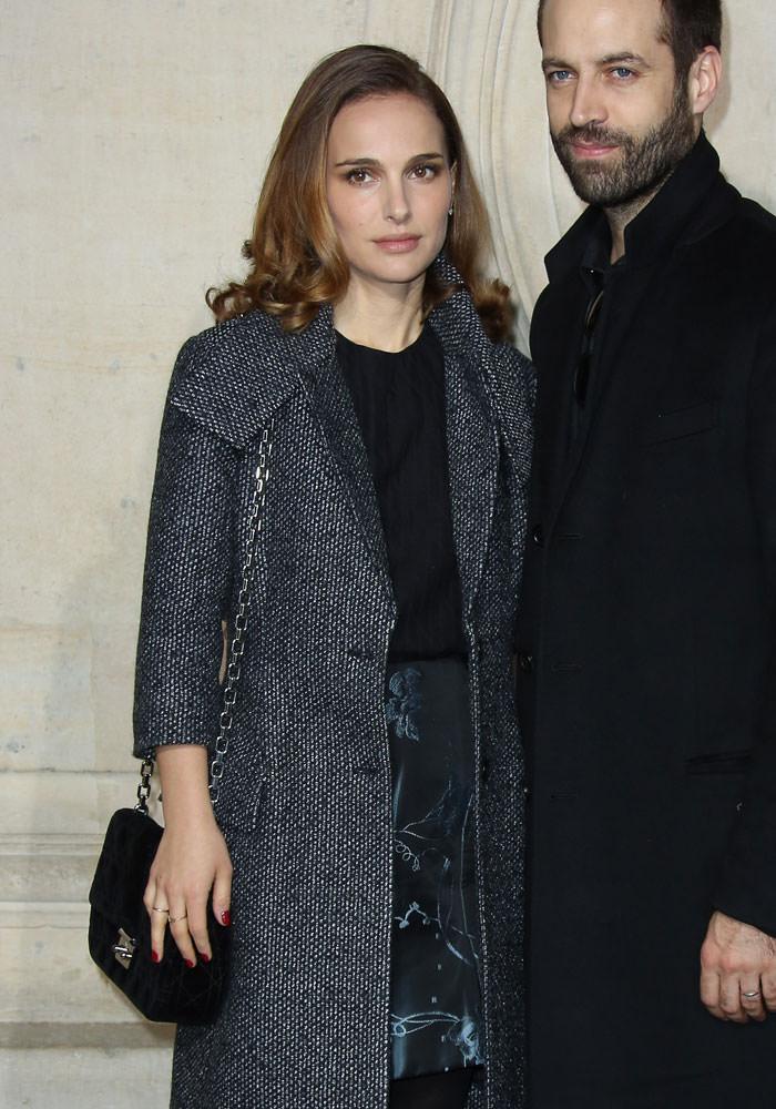 Natalie-Portman-Christian-Dior-Miss-Dior-Bag
