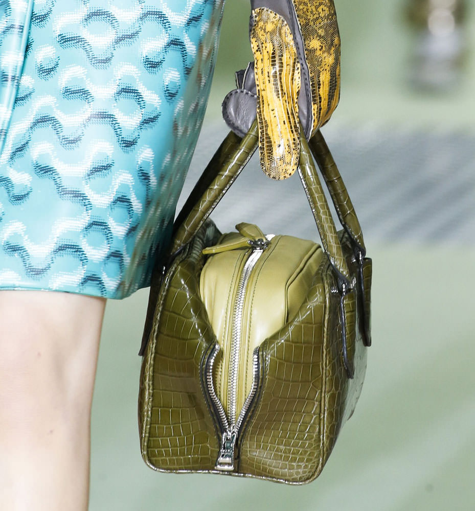 Prada-Fall-2015-Handbags-23