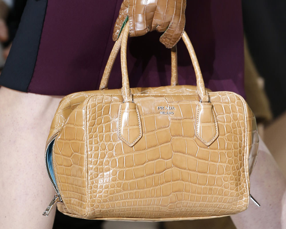 Prada-Fall-2015-Handbags-29