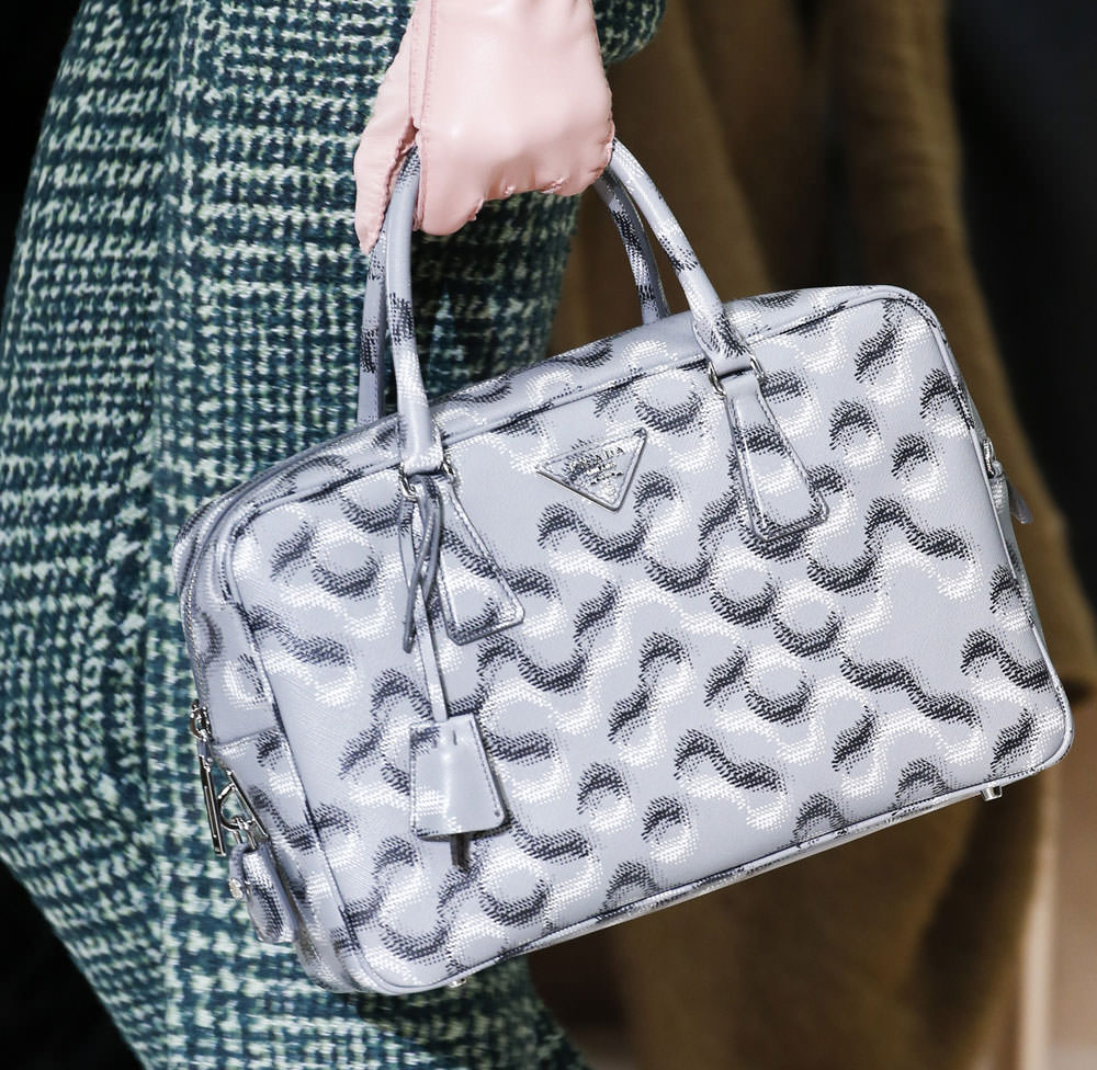 Prada-Fall-2015-Handbags-6