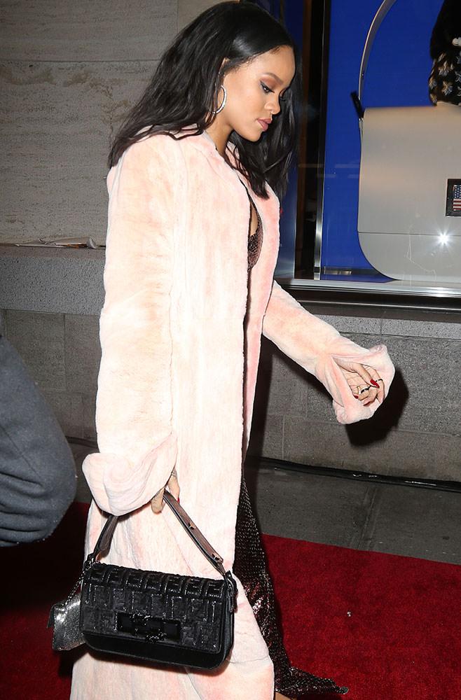 Rihanna-Fendi-3Baguette-Bag