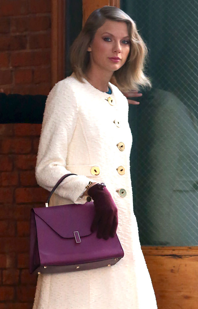 Taylor-Swift-Valextra-Isis-Satchel
