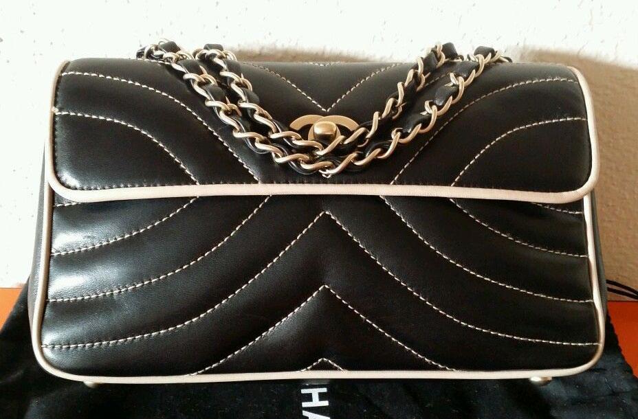 Chanel-Chevron-Flap-Bag