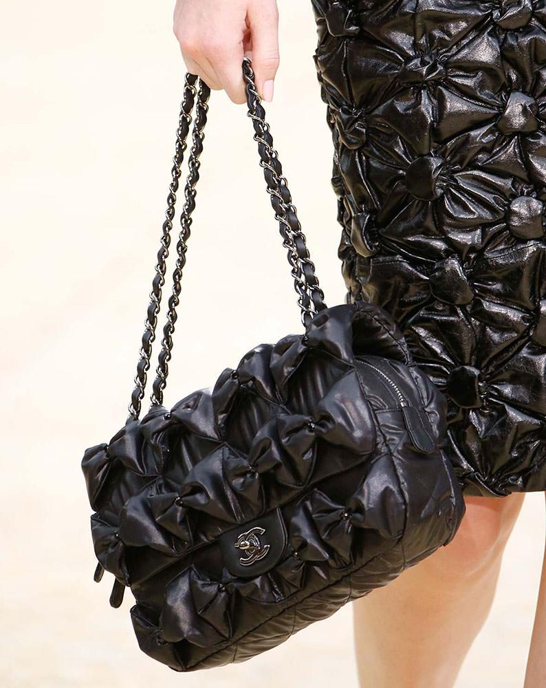 Chanel-Fall-2015-Handbags-1