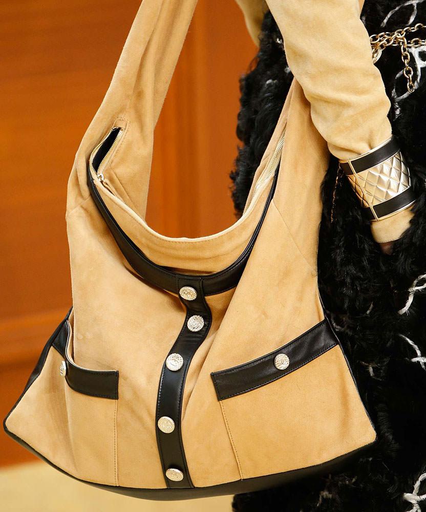 Chanel-Fall-2015-Handbags-25