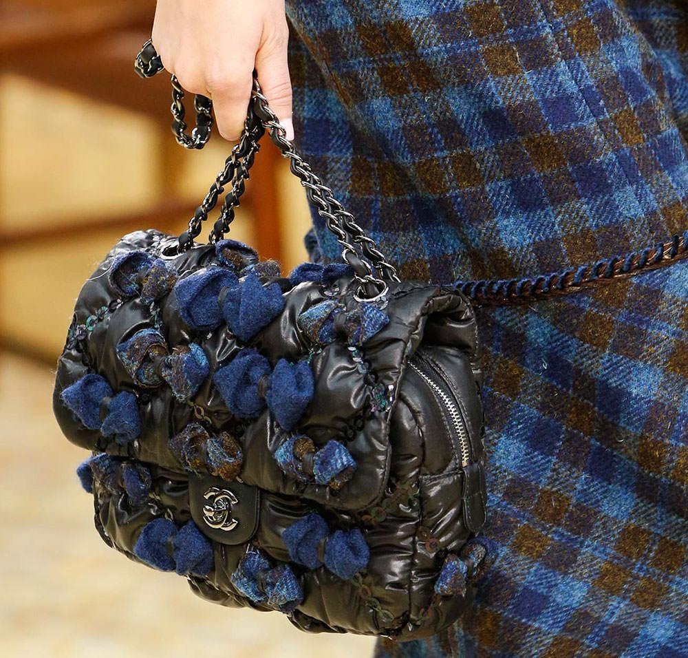 Chanel-Fall-2015-Handbags-28