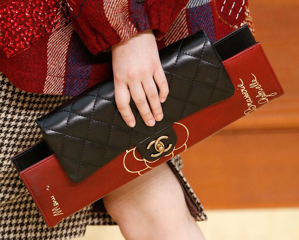 Chanel-Fall-2015-Handbags-32