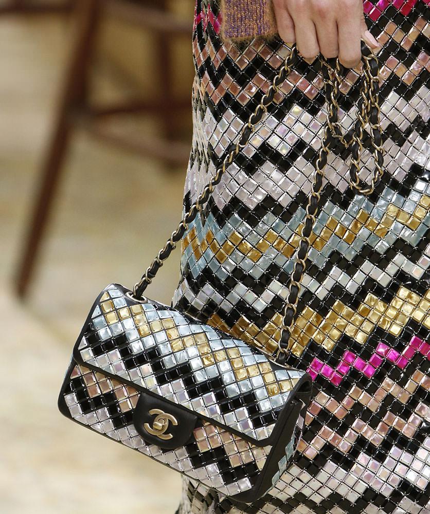 Chanel-Fall-2015-Handbags-4