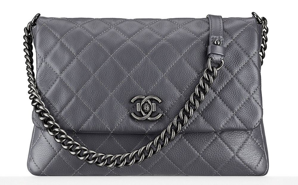 Chanel-Messenger-Bag-3800