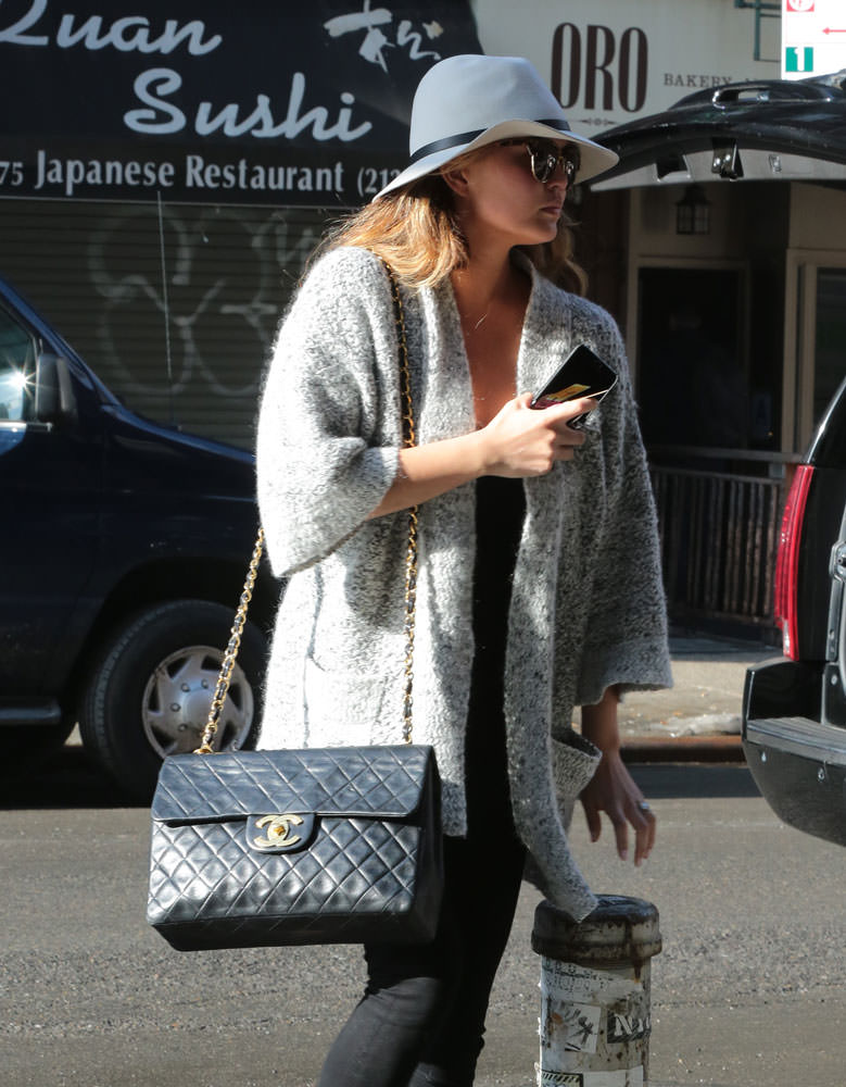 Chrissy-Teigen-Chanel-Vintage-Classic-Flap-Bag