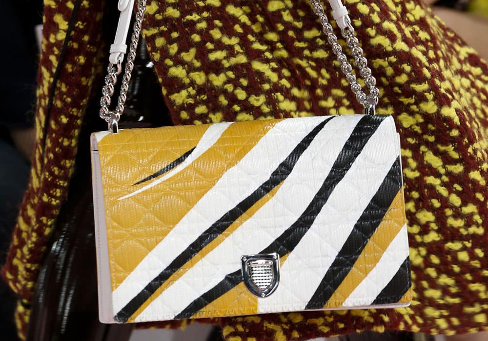 Christian-Dior-Fall-2015-Handbags-17