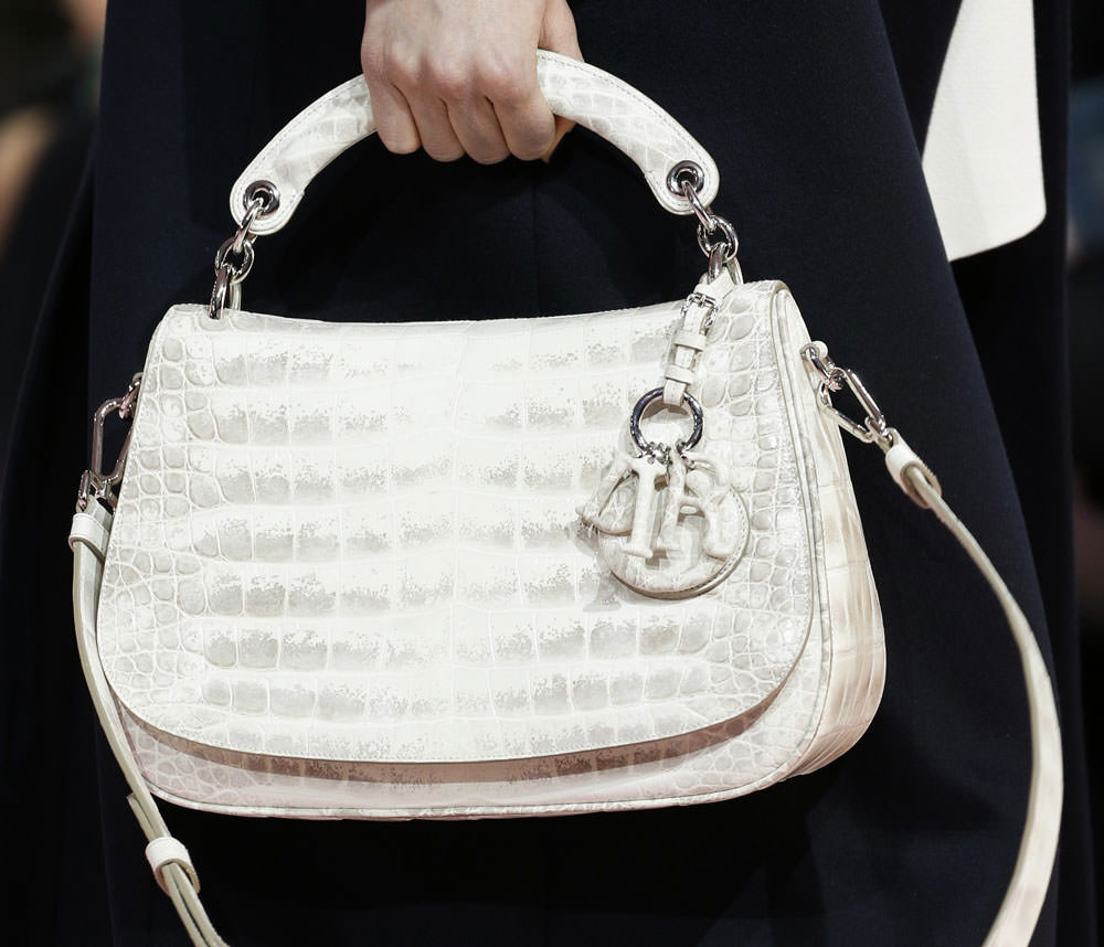 Christian-Dior-Fall-2015-Handbags-4
