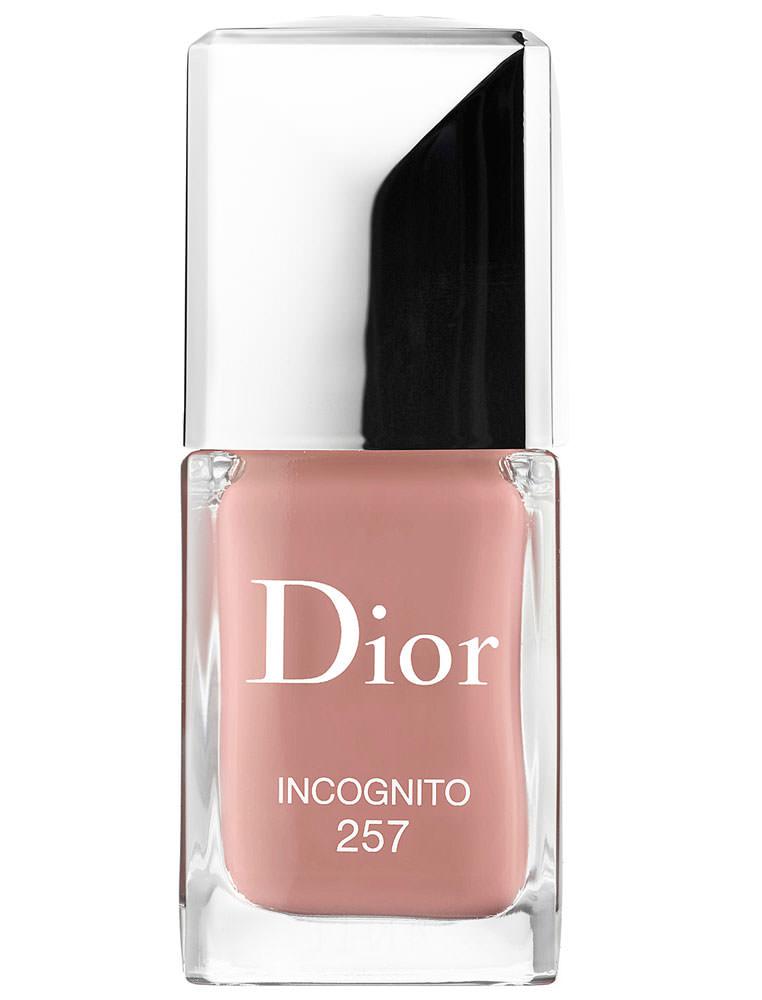 Dior-Nail-Lacquer-in-Incognito