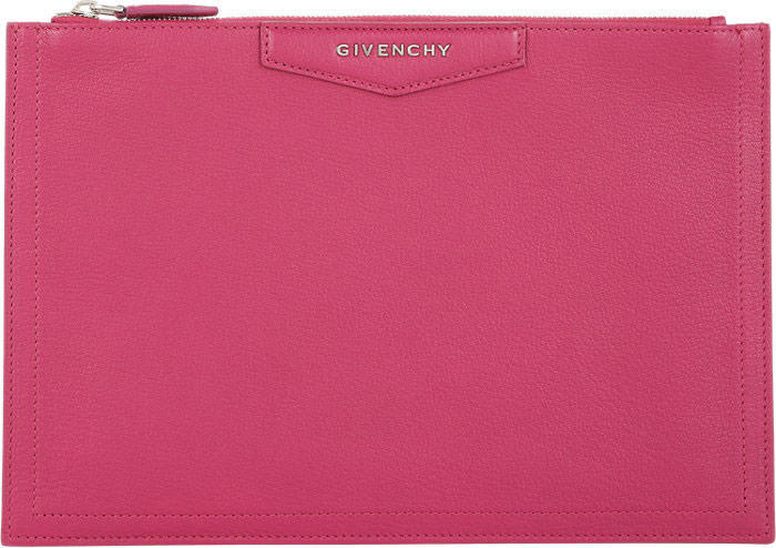 Givenchty-Antigona-Medium-Pouch