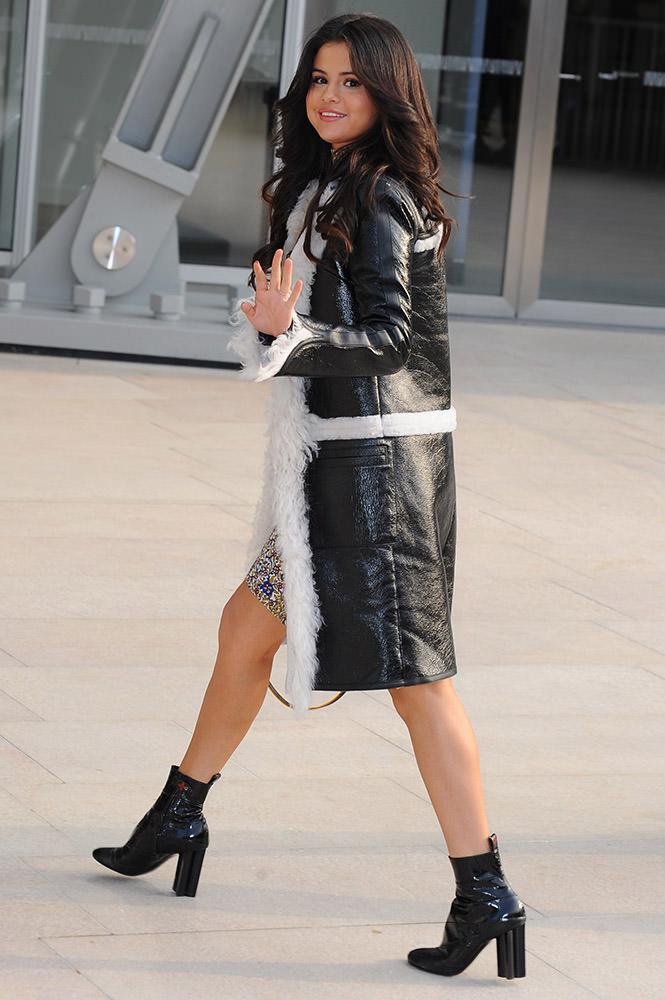 Selena Gomez and friends arrivals Louis Vuitton show