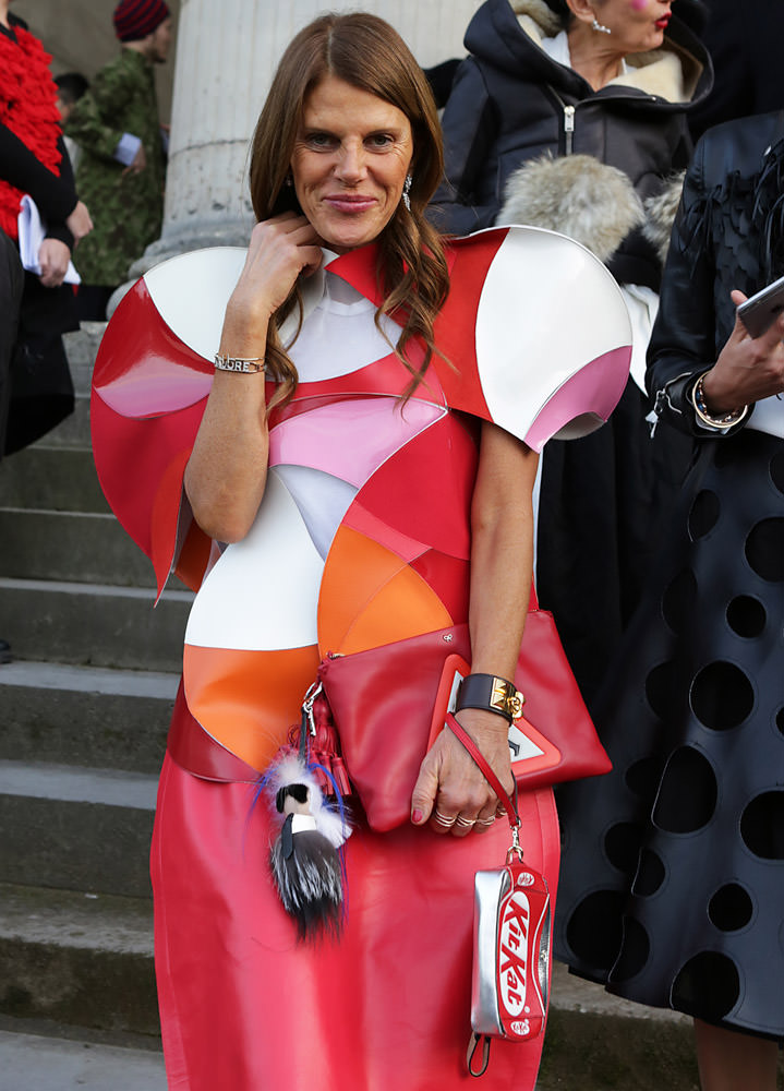 The Many Bags of Paris Fashion Week Fall 2015 Celebrity Attendees-18