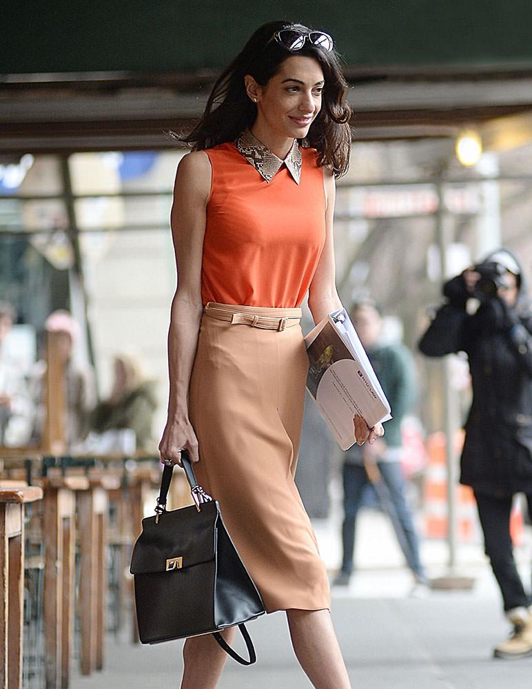 Amal-Clooney-Balenciaga-Le-Dix-Bag