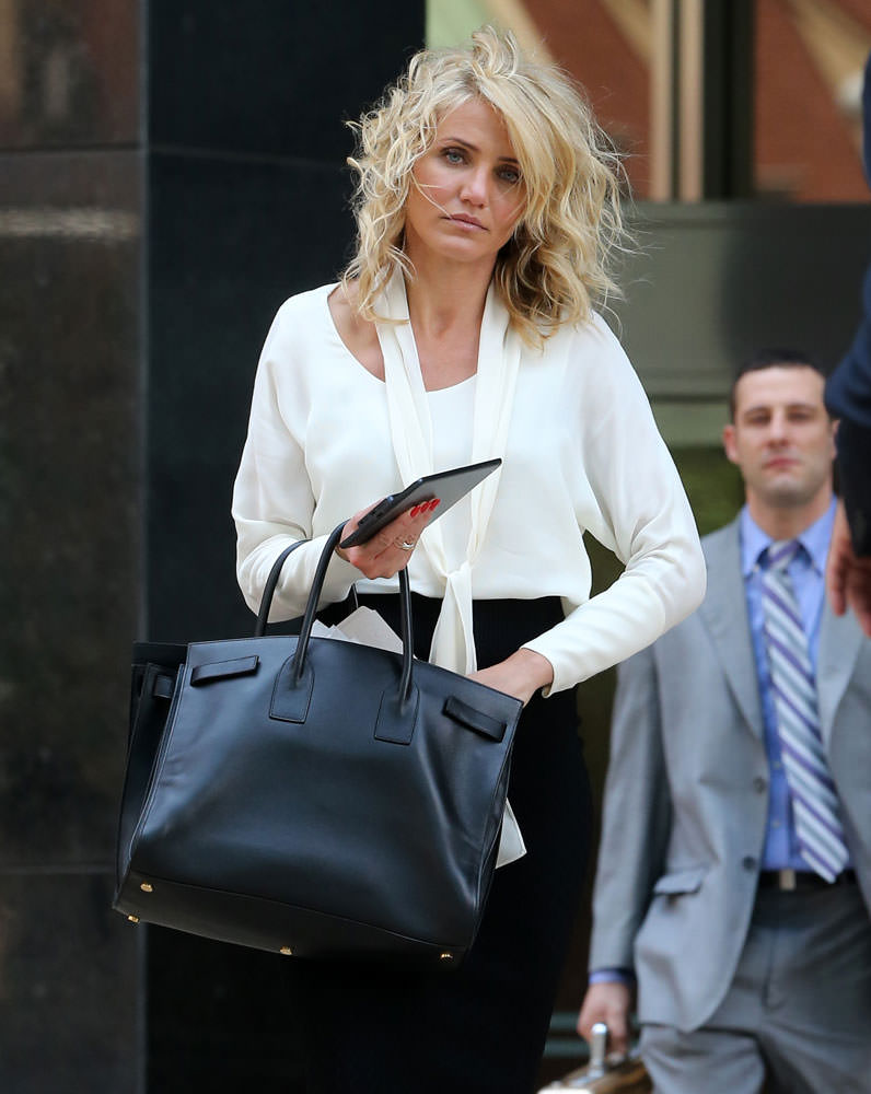 Cameron-Diaz-Saint-Laurent-Large-Sac-de-Jour