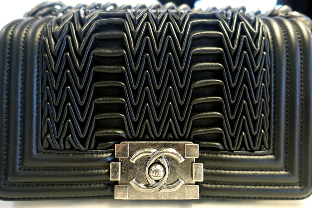 Chanel-Fall-2015-Handbags-18