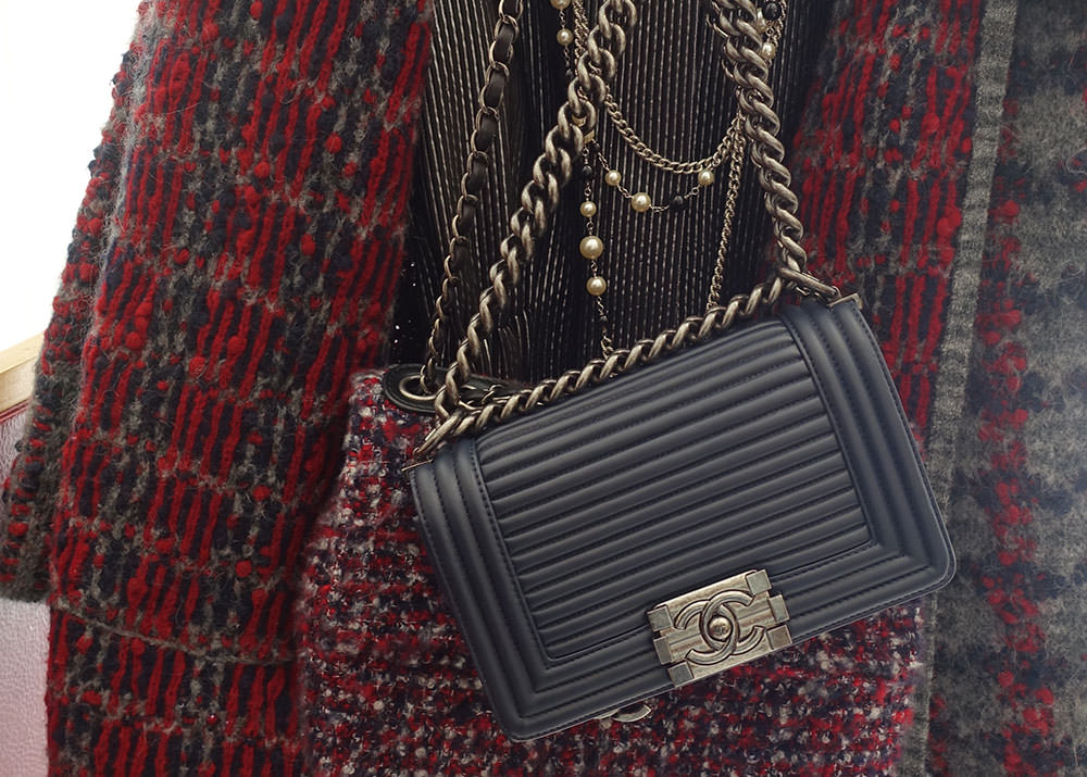 Chanel-Fall-2015-Handbags-22