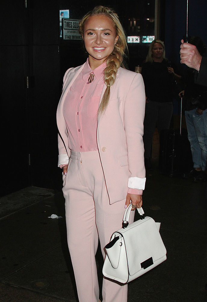 Hayden-Panettiere-ZAC-Zac-Posen-Eartha-East-West-Satchel