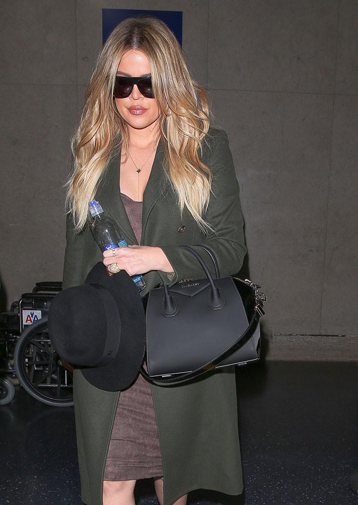 0bbecf2ade2c Khloe-Kardashian-Givenchy-Small-Antigona-Bag - PurseBlog