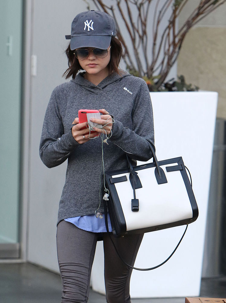 Lucy-Hale-Saint-Laurent-Bicolor-Small-Sac-de-Jour