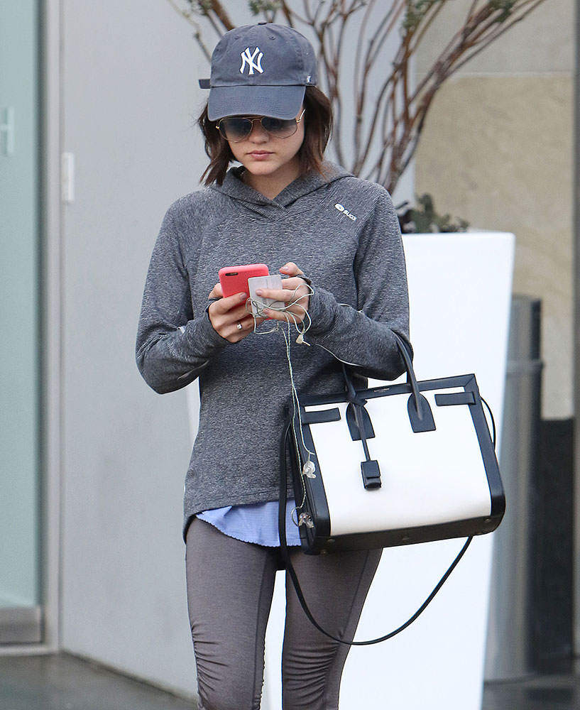 Lucy-Hale-Saint-Laurent-Small-Bicolor-Sac-de-Jour-Bag
