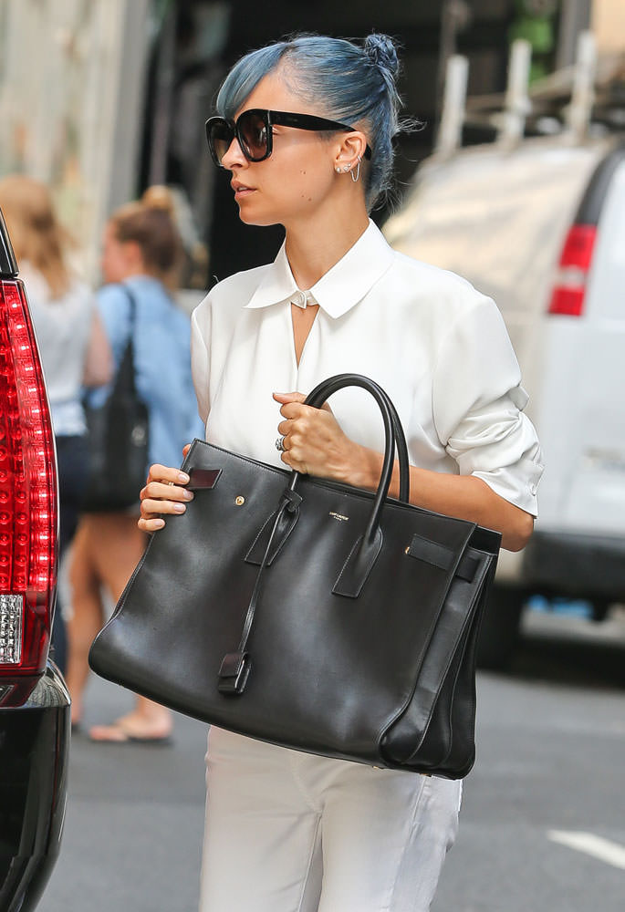 Nicole-Richie-Saint-Laurent-Large-Sac-de-Jour