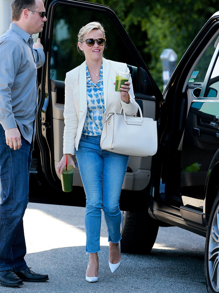 Reese-Witherspoon-The-Row-Leather-Satchel-2