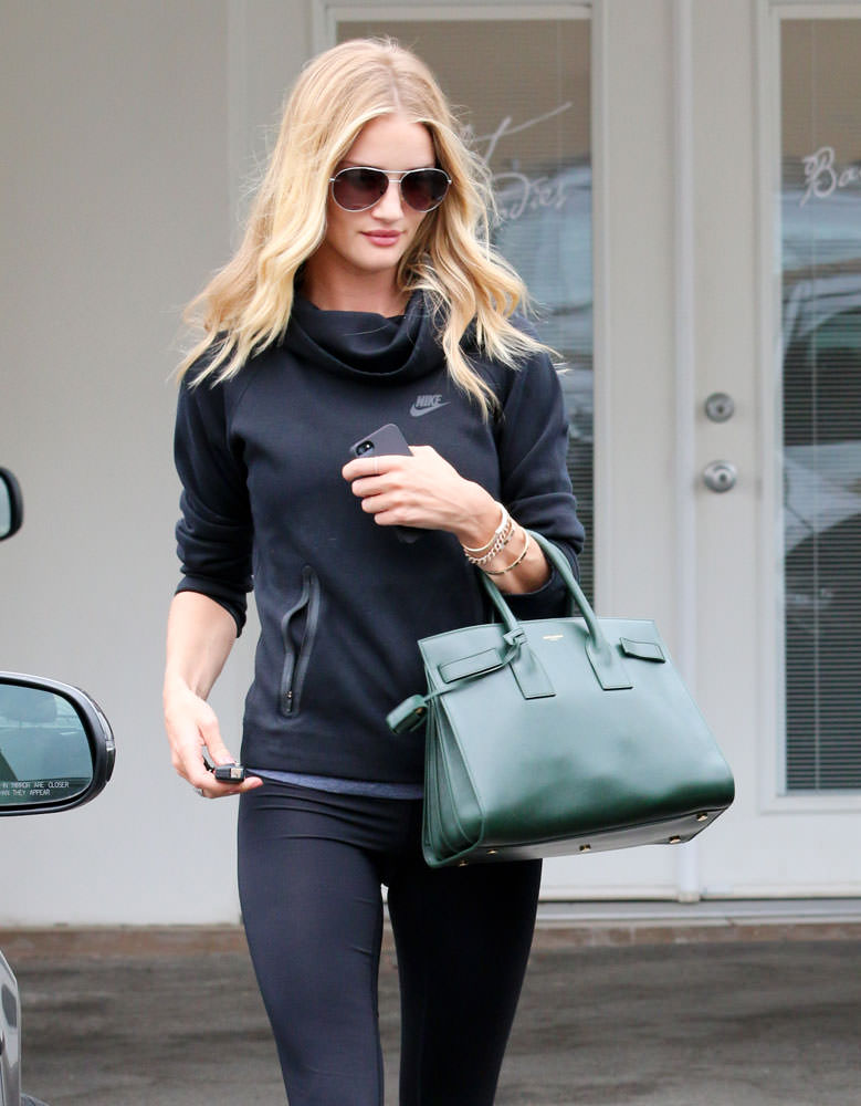 Rosie-Huntington-Whiteley-Saint-Laurent-Small-Sac-de-Jour