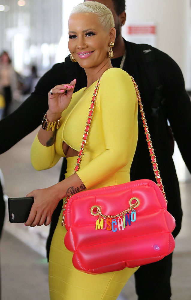 Amber-Rose-Moschino-Pool-Float-Tote