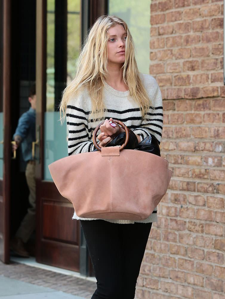 Elsa-Hosk-The-Row-Market-Bag