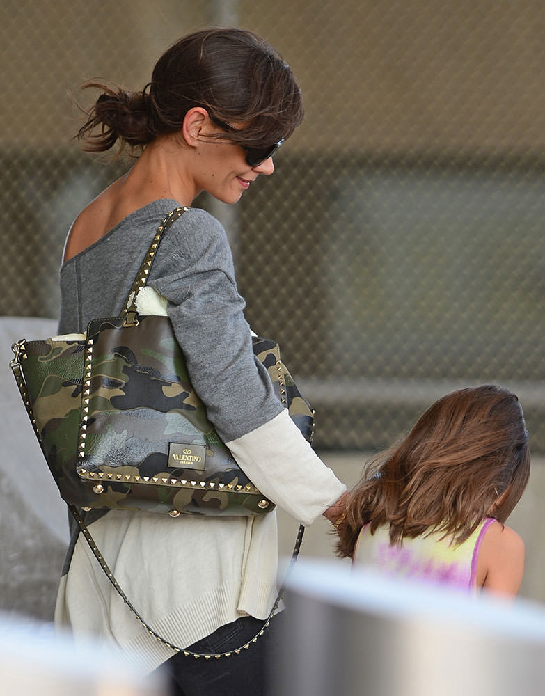 eca3cf8daa The Many Bags of Celebrity Moms, Part 2 - Page 15 of 43 - PurseBlog