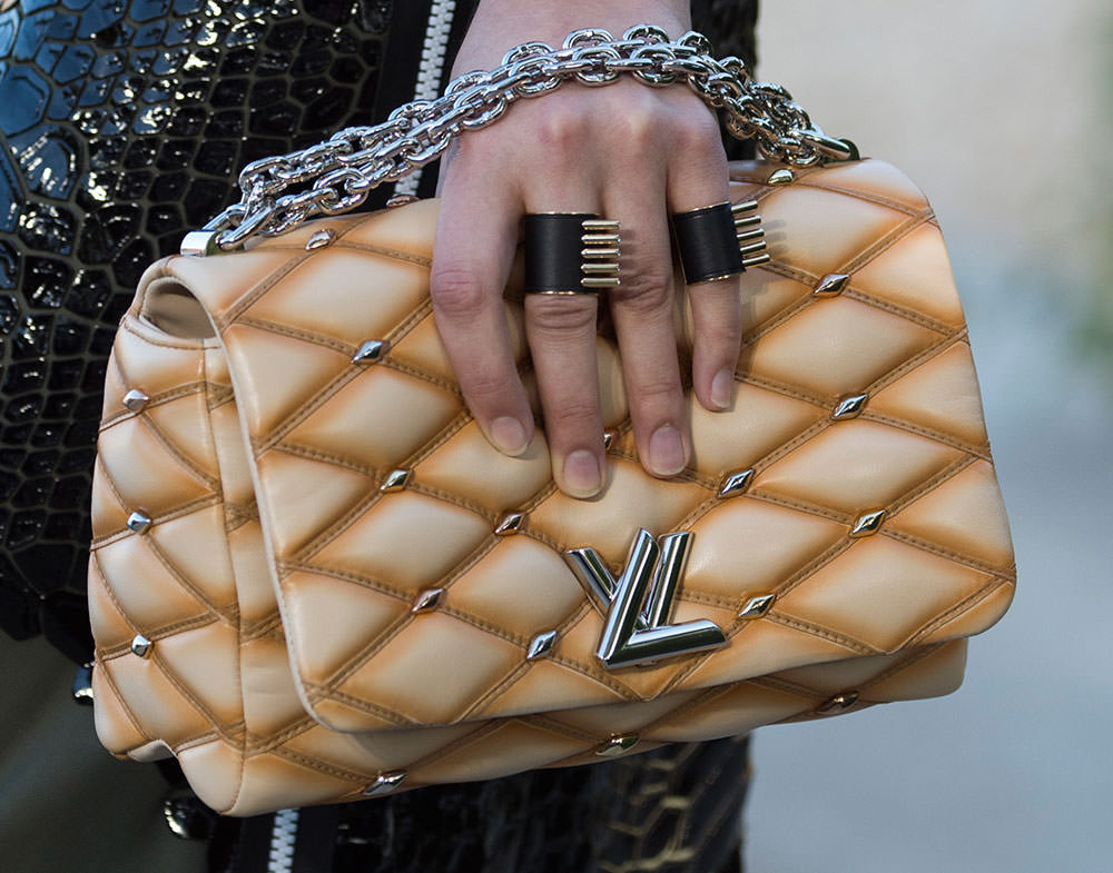 Louis-Vuitton-Cruise-2016-Bags-23