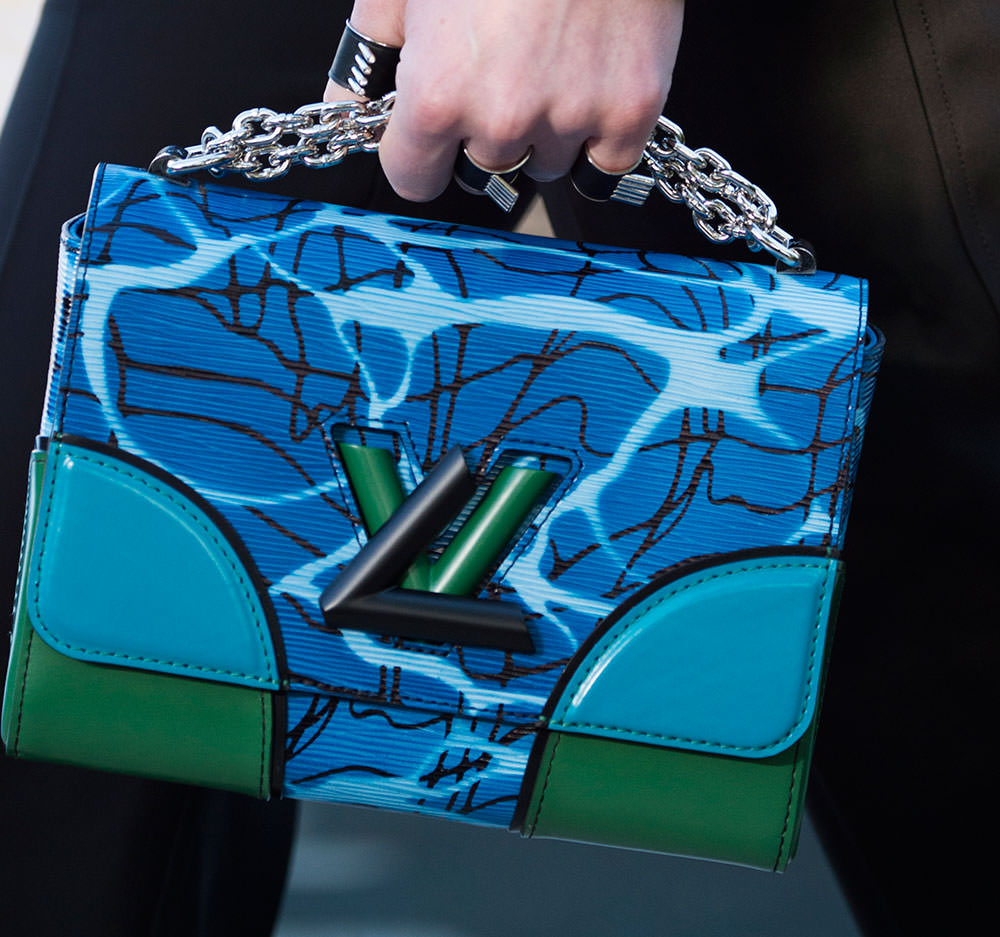 Louis-Vuitton-Cruise-2016-Bags-27