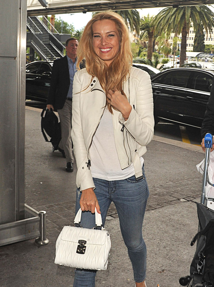 Petra-Nemcova-Miu-Miu-Matelasse-Top-Handle-Bag