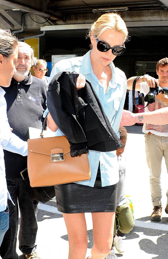 Charlize-Theron-Prada-Top-Handle-Briefcase