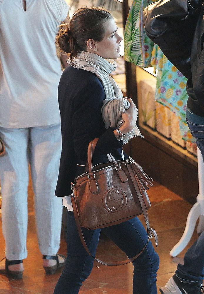 Crossbody bags celebrity pixie