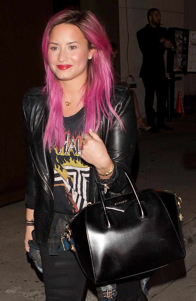 Demi-Lovato-Givenchy-Antigona-Bag