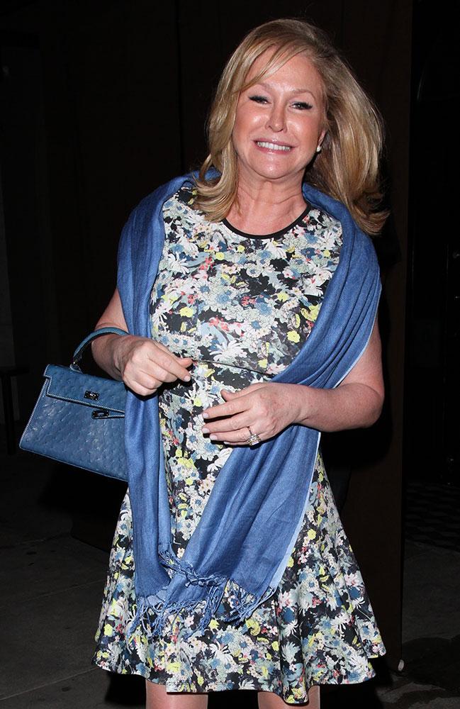 Kathy-Hilton-Hermes-Ostrich-Kelly-bag